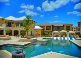 Dominion and Hill Country Setting 2015 Construction with amazing incentives at San Antonio Apartment for $1000+