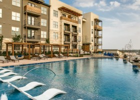 Beautiful new community -walk to shops and dining (6 Flags area) at San Antonio Apartment for $1000+